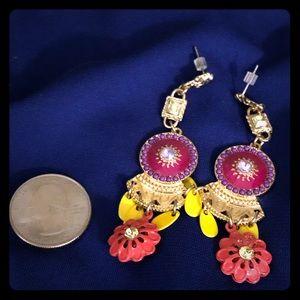 Jewelry - Gorgeous statement dangle studs.